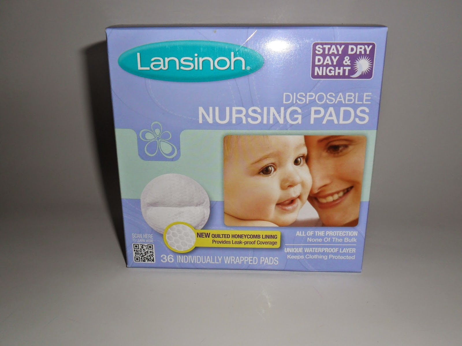 Lansinoh breastfeeding essentials, Review  (Blu me away or Pink of me Event)
