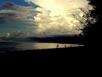 ditepi pantai