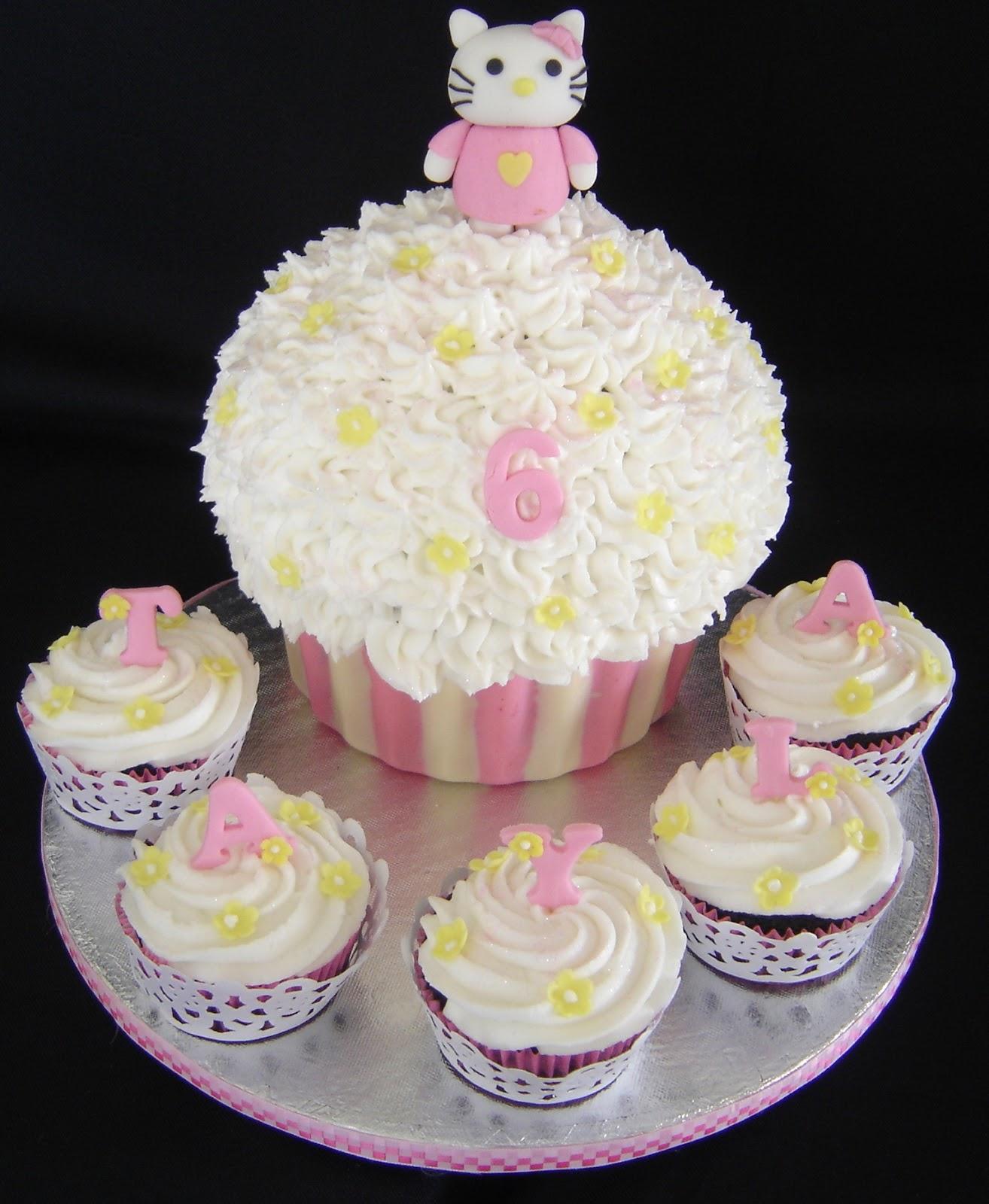 Kitty Cupcake