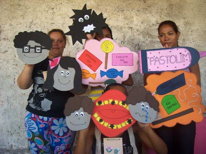 Teatro de bonecos: O ataque de Furadentes