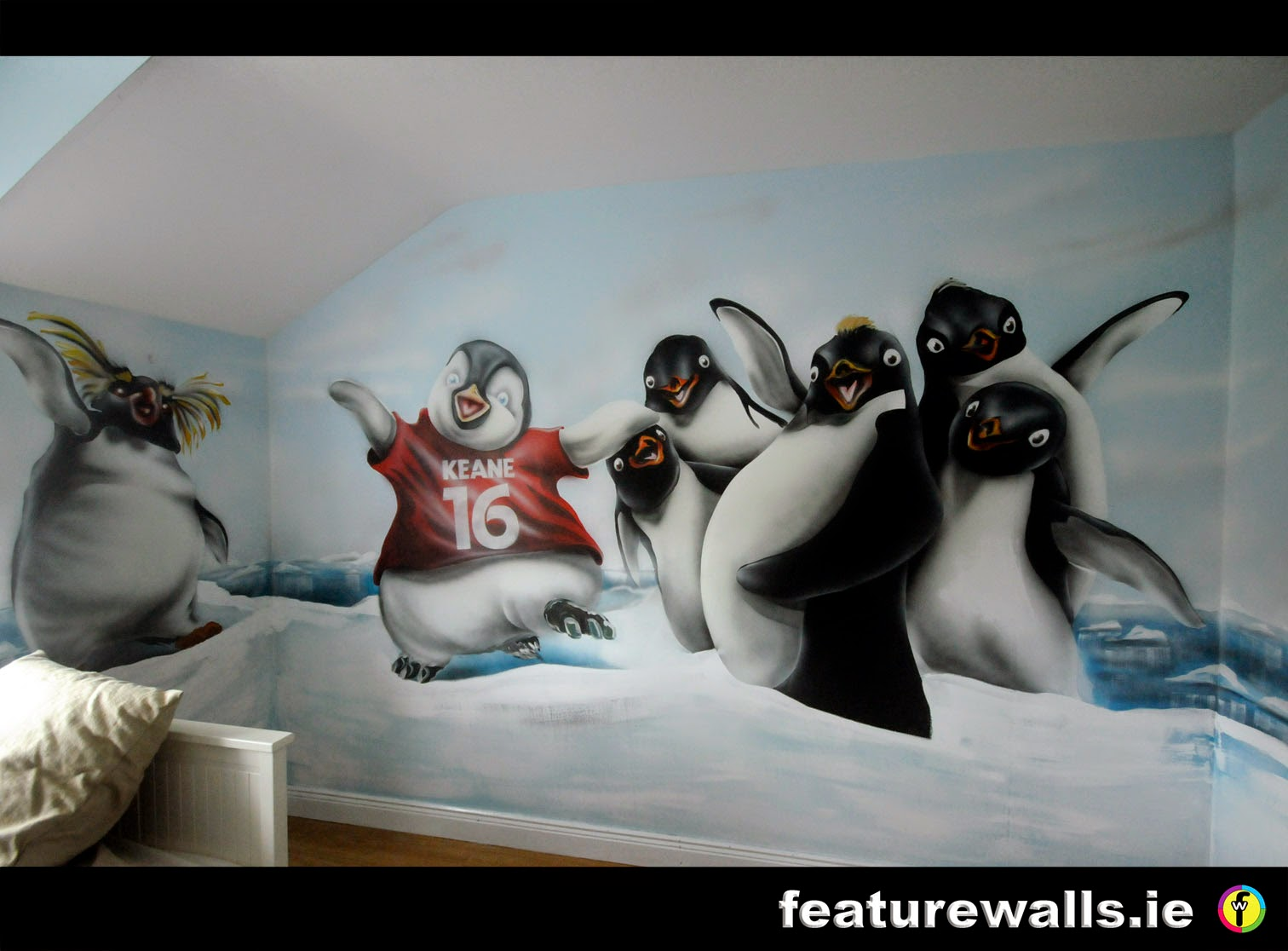 mural painting professionals featurewalls ie hand painted kids kids bedroom mural space wall hand painted mural by feature walls irish mural artists