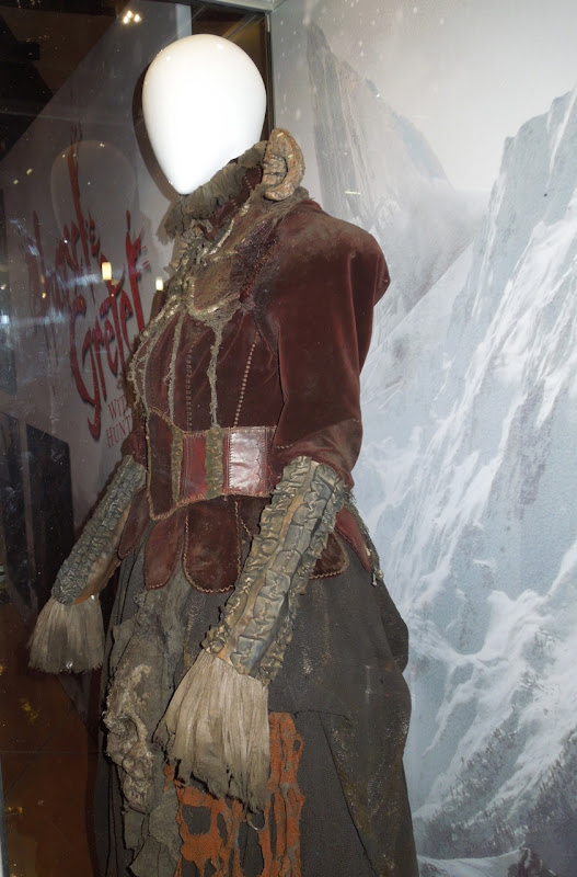 Hansel Gretel Witch Hunters witch costume
