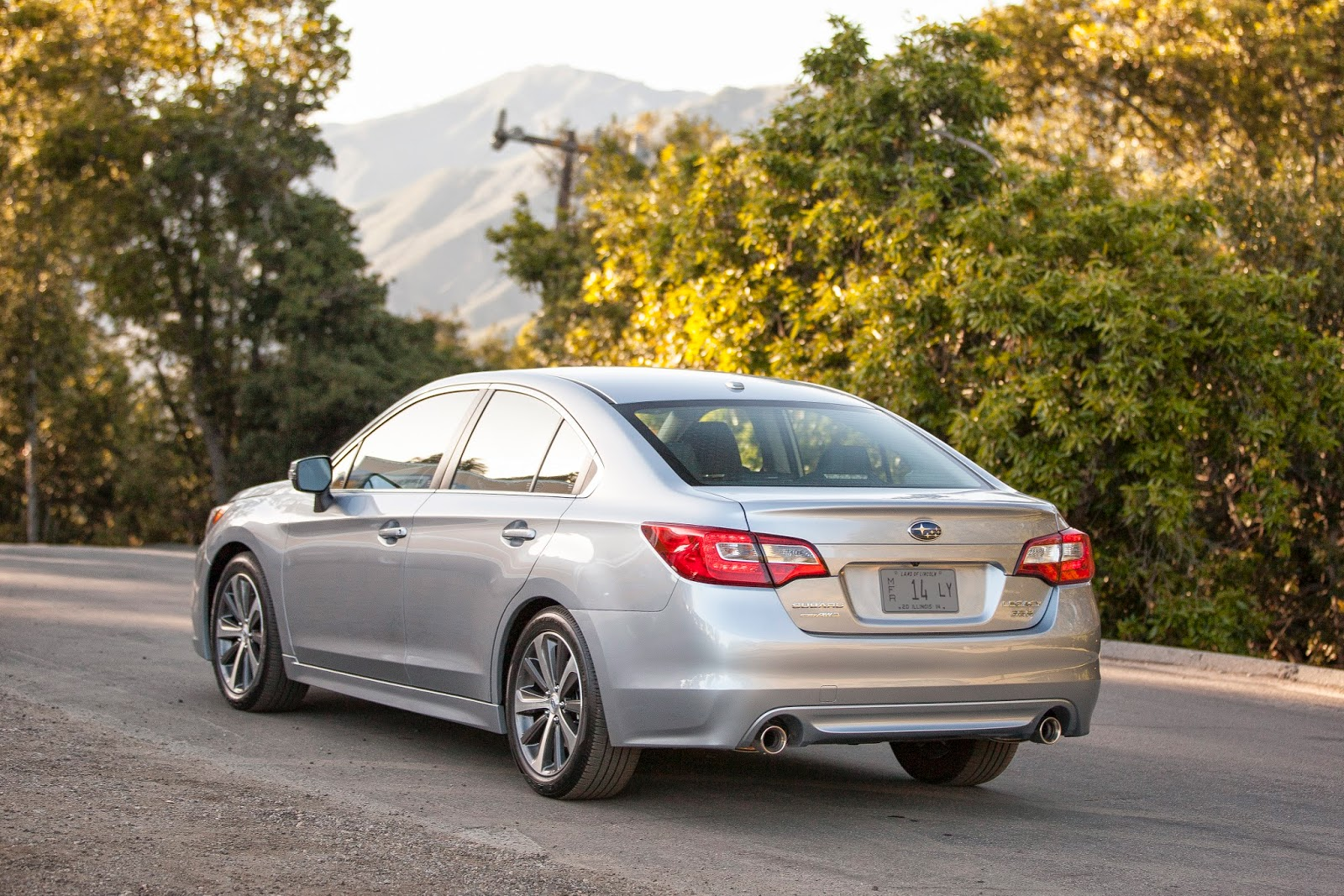 Rear three-quarter view of 2015 Subaru Legacy