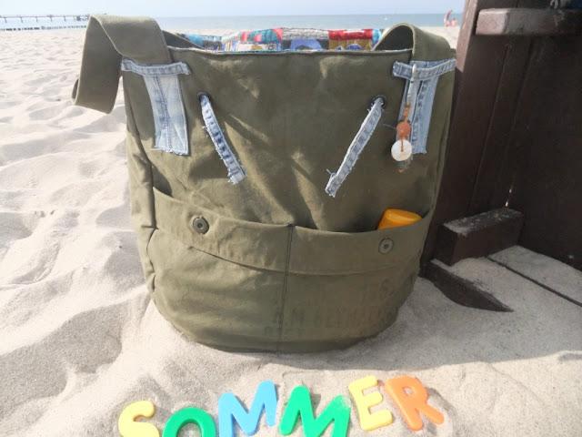 Beach-Bag aus Armeeplane