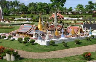 Mini Siam Pattaya | Paket Tour Murah ke Thailand 2013