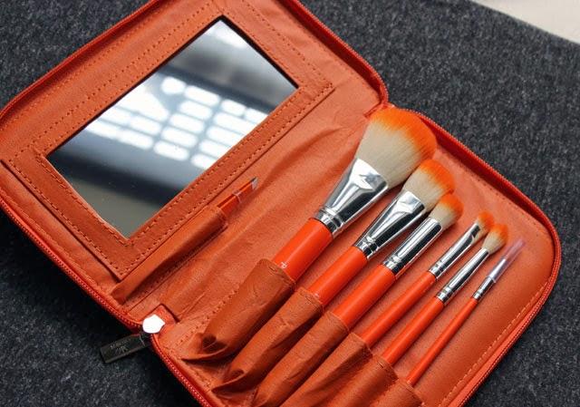 Crown Brush 6-Piece HD Makeup Brush Set with mirror and Tweezers in Orange, Set 525