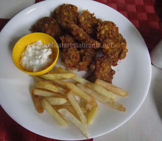 Crispy Chicken French Fries Mango Sauce at Mango People Gariahat Kolkata