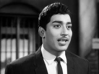 Mayangukiral Oru Madhu (1970) - Tamil Movie