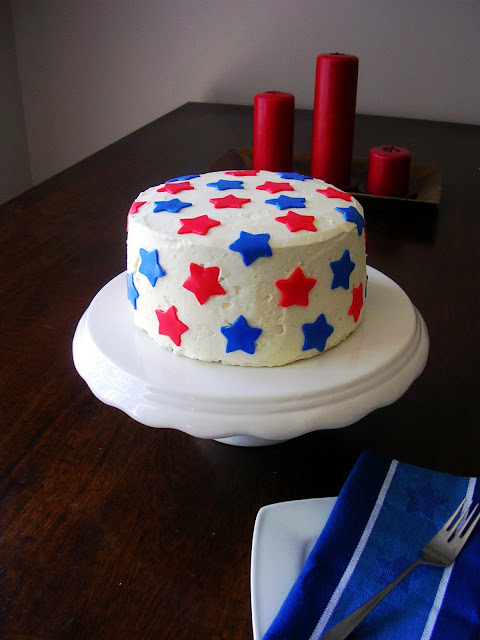 The Busty Baker: Red White and Blue Cake