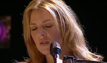 "Diana Krall performs ""Love Letters"" live in Paris with Paris Symphony Orchestra 2001."