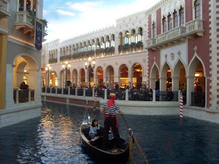 The Venetian LV gondola