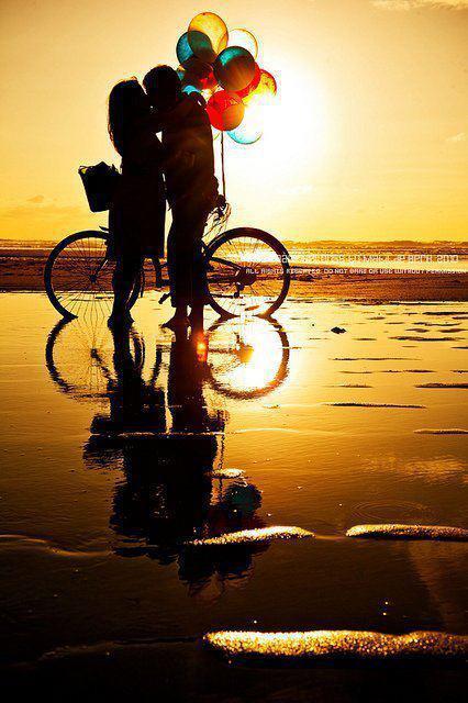 hình ảnh về tình yêu đẹp lãng mạn dễ thương, yêu nhau dưới biển