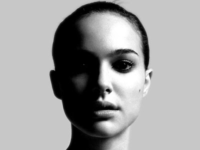 Natalie Portman Glamours Wallpapers hot girl