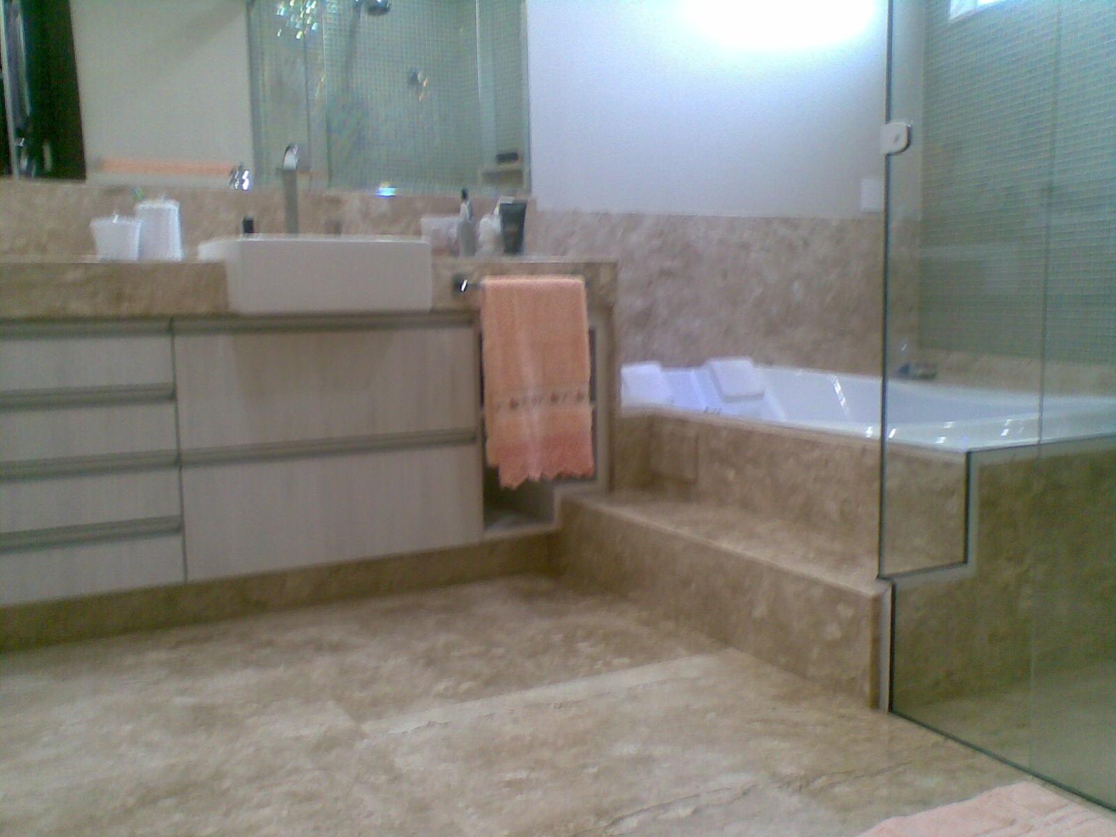 Banheiro da suite master com hidro e acabamento bem requintado. #346697 1600 1200