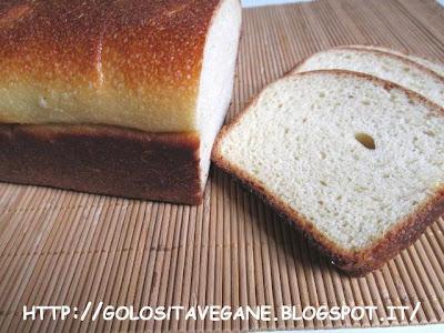 farina grano duro, farina semi integrale, forno, latte di soia, licoli, lievitati, lievito, malto, pan carrè, pane in cassetta, Pane Pizza e..., ricette vegan,