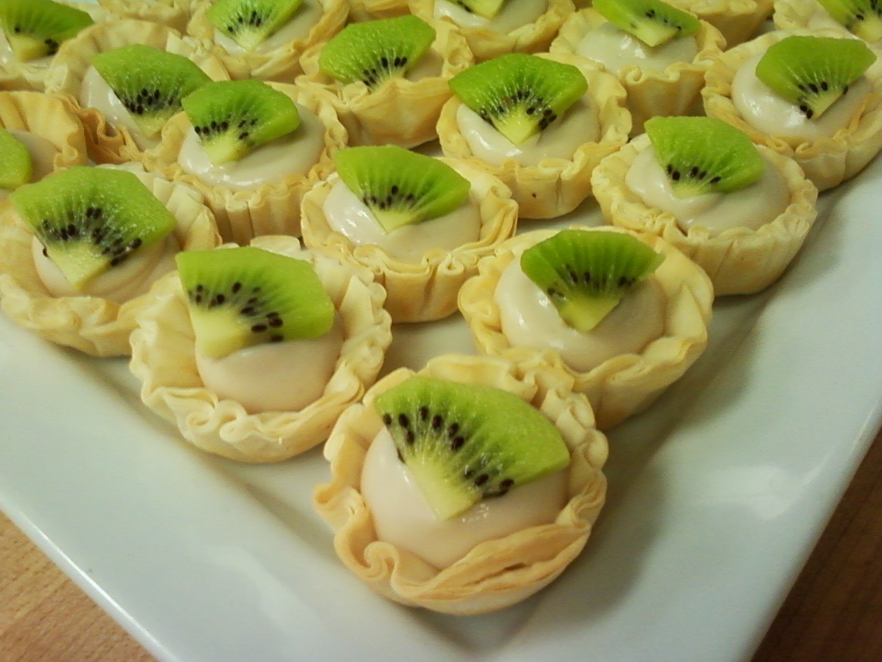 Coconut Custard Kiwi Tarts