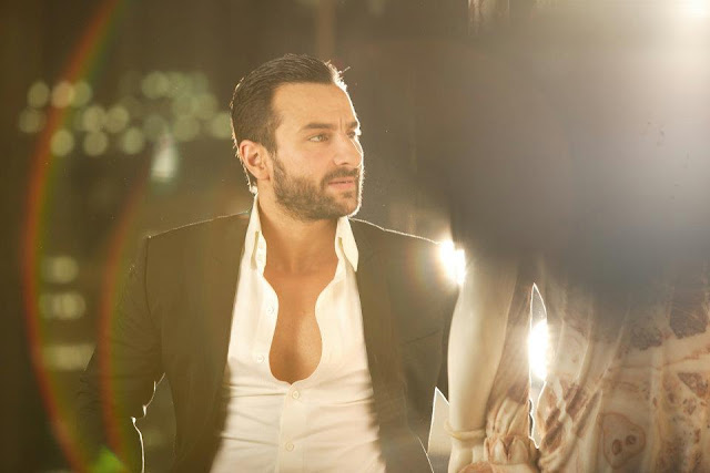 Hot Malika Haydon and Saif Ali Khan Quality Pics from Pyaar Ki Pungi Song Agent Vinod