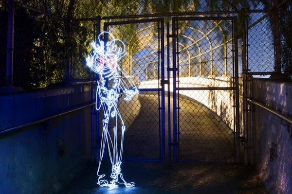 Graffiti de Luz (light graffiti) Desenhos com rastros de luz - GNVision -