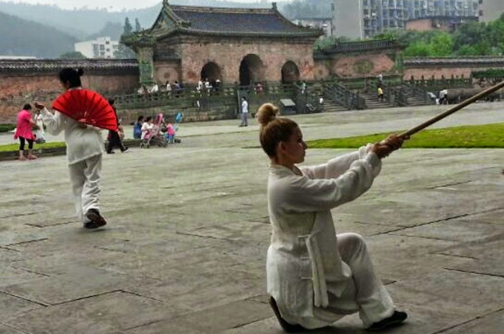 Wudang Kung Fu Paty Lee y Shifu Yuan Xiu Gang - China Training 2014 Wudangshan.