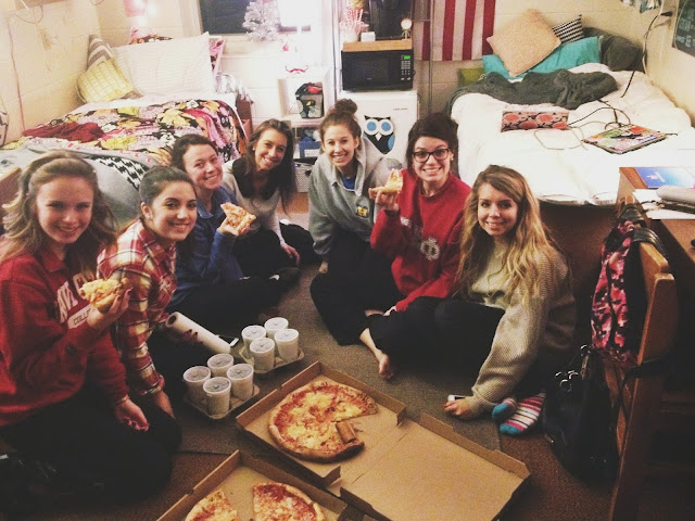 Gamma Sigma Phi Sorority Coffaros Pizza