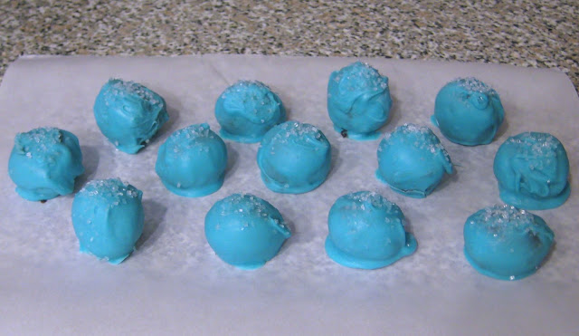 Light Blue Cake Balls with Sprinkles 1