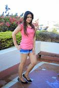 Prabhajeet Kaur Glamorous Photo shoot-thumbnail-44