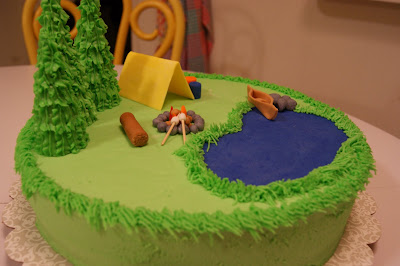 Cake Decorating Ideas For Boy Scouts : Way Out West: Cub Scout Cake Auction