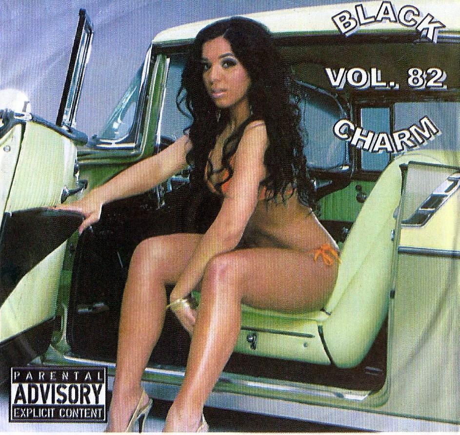 BLACK CHARM VOL. 82