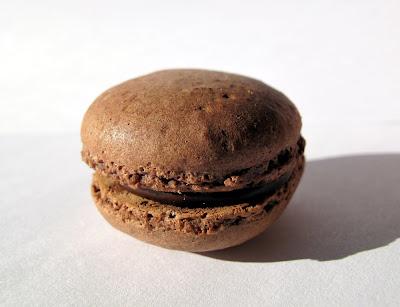 Les meilleurs macarons au chocolat de Paris - Sucrécacao