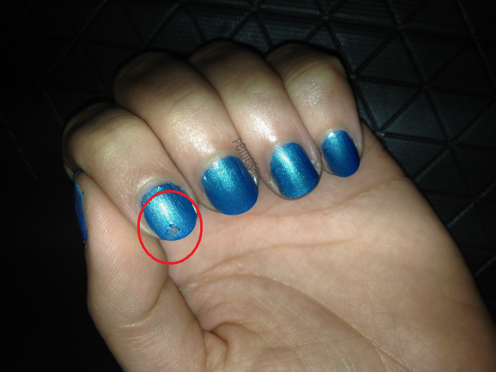 how to fix smudged nail polish