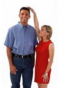 أسباب حب الرجل للبنات القصيرة  - فتاة امرأة بنت قصيرة رجل شاب طويل- Short-Woman-Tall-Man