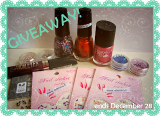 http://polishthis.blogspot.se/2013/12/giveaway-time.html