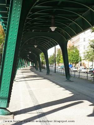 Hochbahn U2, u-bahn, viadukt, bahn,