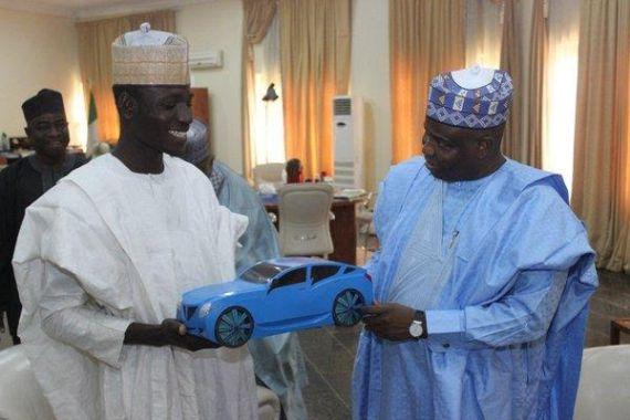 Sokoto state gov, Aminu Tambuwal awards scholarship to indigent boy who designs car