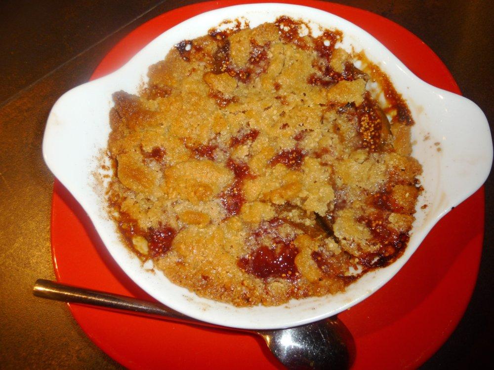 fromage ou dessert dessert crumble aux figues fra 238 ches cueillies sur l arbre de laurie