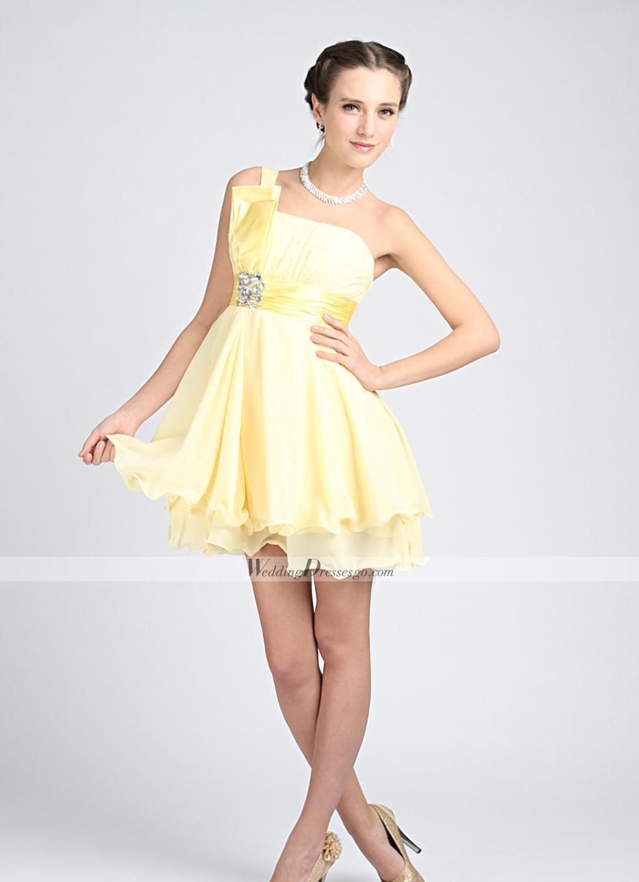 Modelos de vestidos cortos sencillos para fiestas
