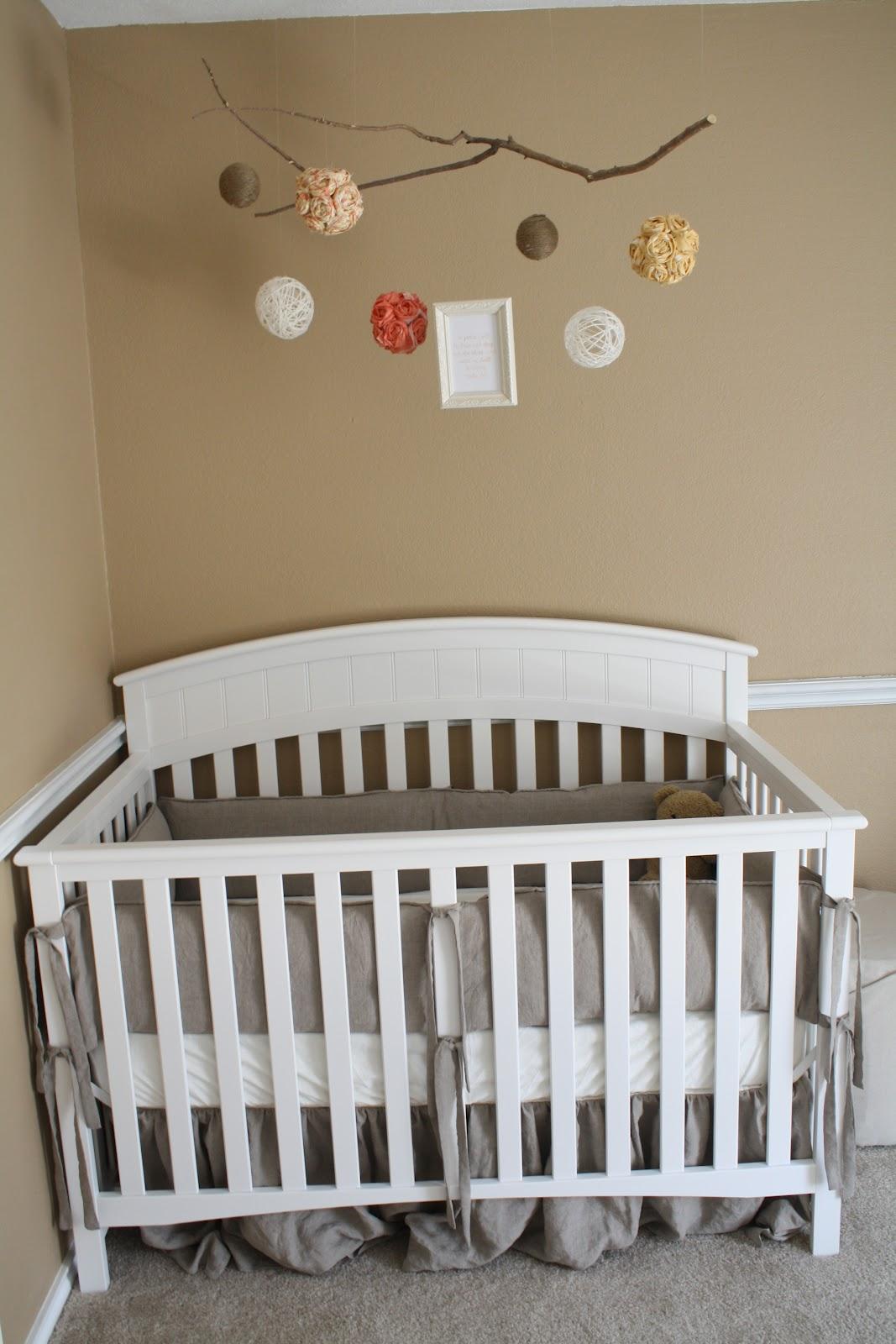 alphabet neutral nursery design dazzle. Black Bedroom Furniture Sets. Home Design Ideas