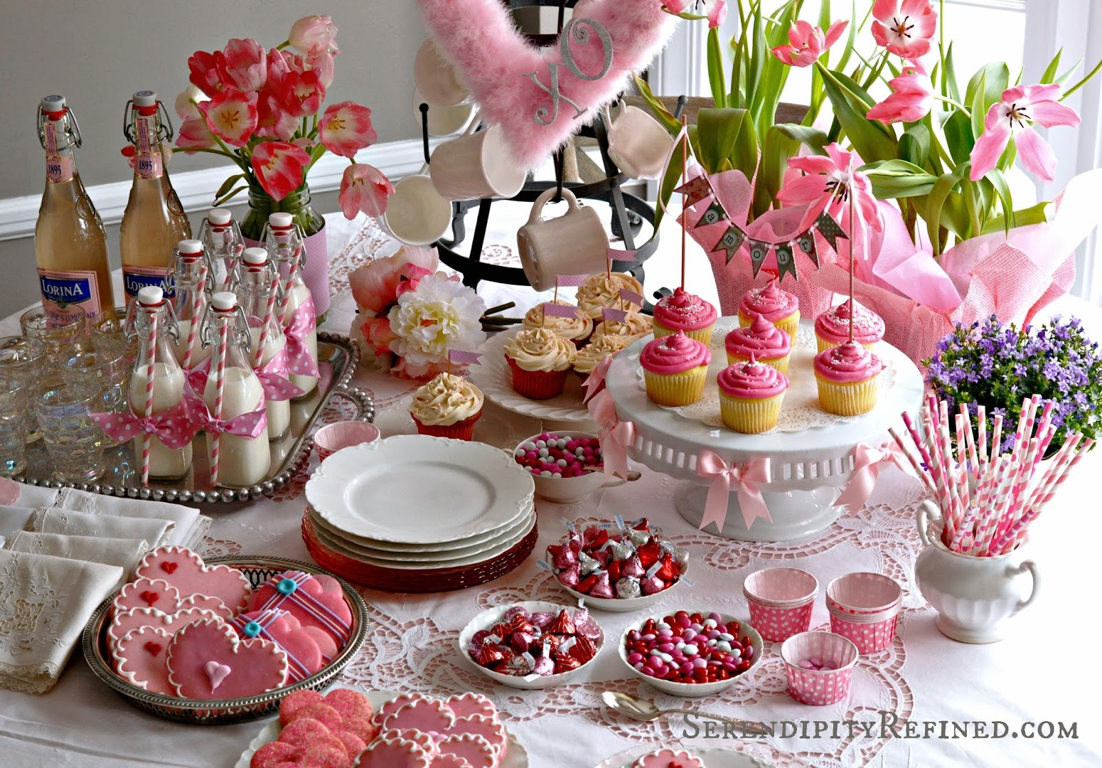 Serendipity Refined Blog Easy Valentine S Cupcake And Cookie Party