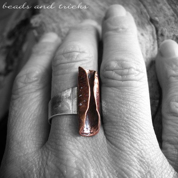 Anello in argento 800 di recupero e rame reticolato