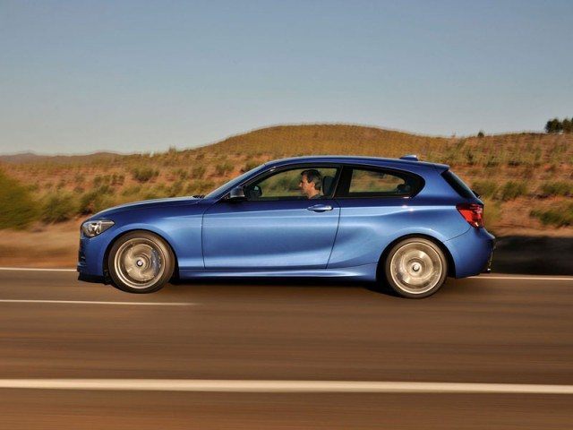 BMW Series DoorAuto Car Skoda Rapid - Bmw 1 series 3 door price