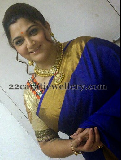 Kushboo Sundar Gold Kundan Set