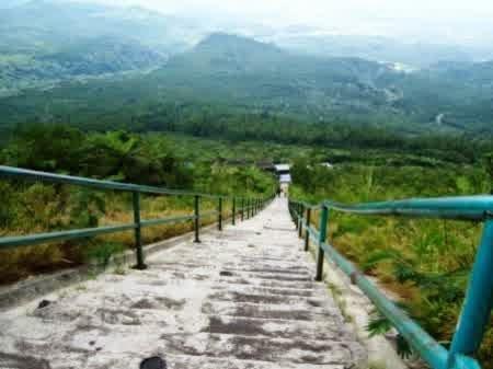 Kawah Dan Pemandian Air Panas Gunung Galunggung