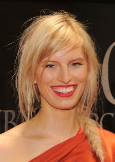 Karolina Kurkova Hairstyle