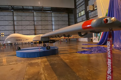 Iran Kenalkan Pesawat Tanpa Awak Fotros