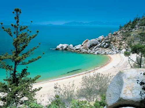 Best Swimming Beaches On Magnetic Island