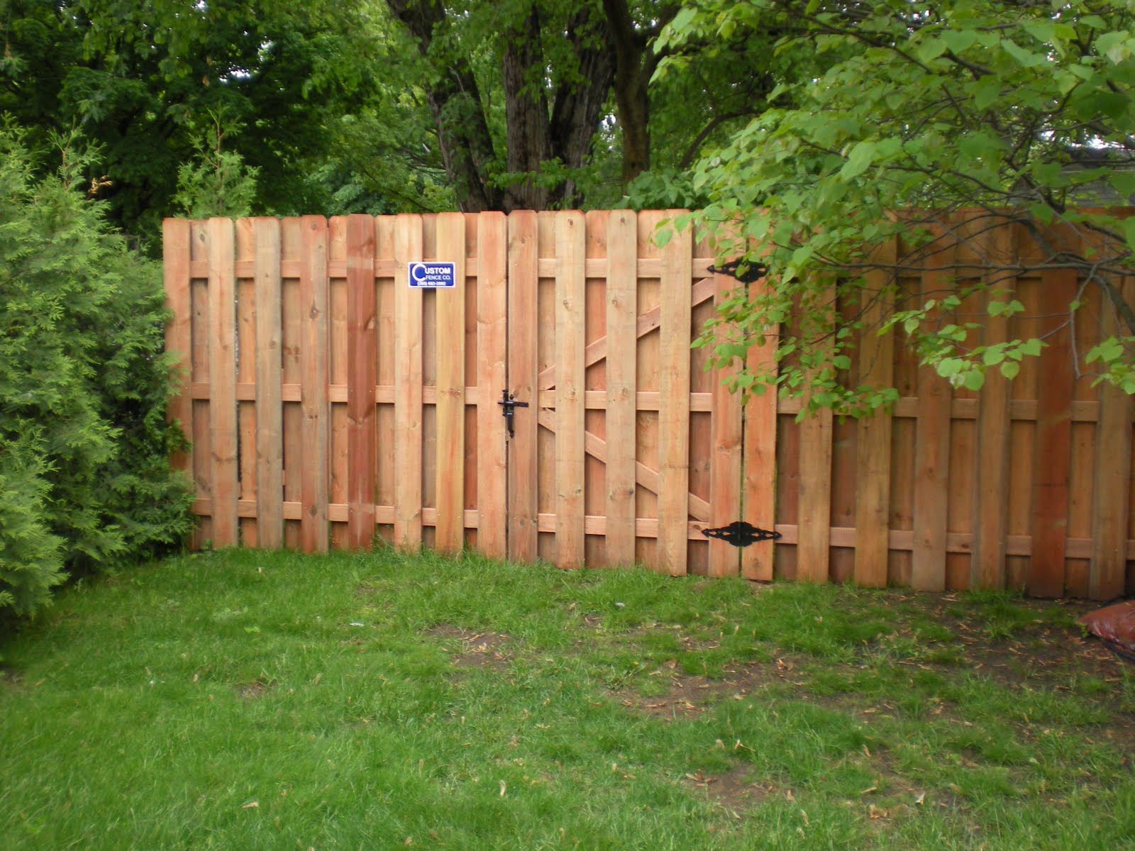 custom fence pany how to choose the correct gate size