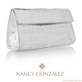 Princess Victoria Style NANCY GONZALES Metallic Clutch