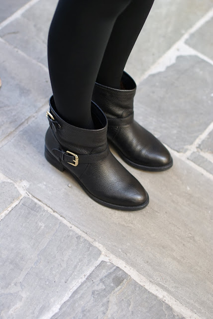 black simple biker boots, Carmens Padova biker boots, Fashion and Cookies, fashion blogger