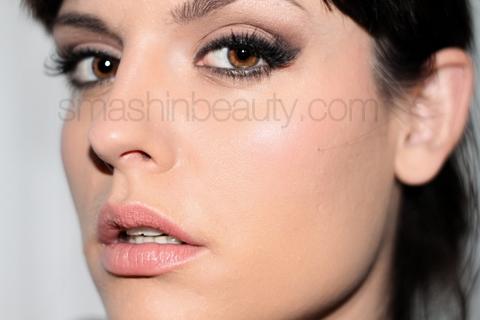 sexy and flirty christmas holiday makeup video tutorial smashinbeauty