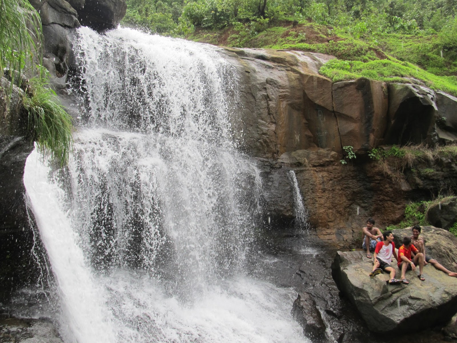 tapalwadi waterfall